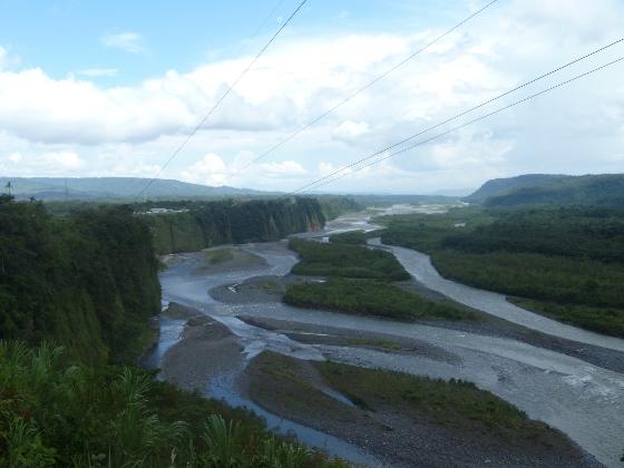 arrivee-sur-l-amazonie-vers-puyo-fin-ruta-de-las-cascadas